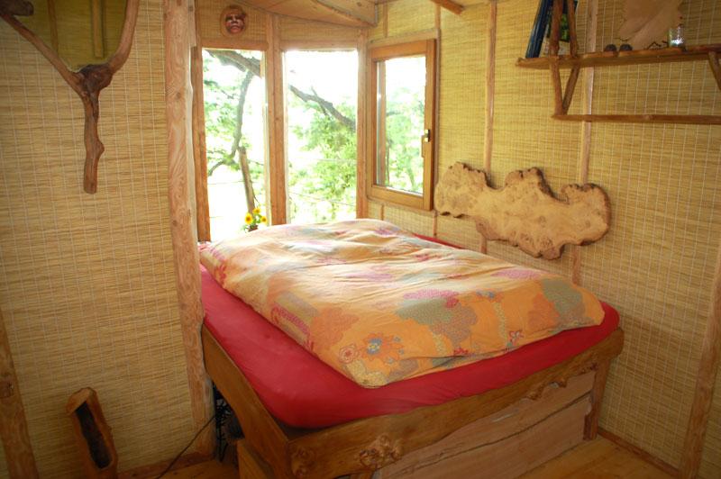 baumhaus. Black Bedroom Furniture Sets. Home Design Ideas